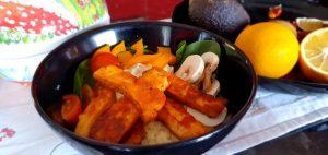 Halloumi och couscous bowl