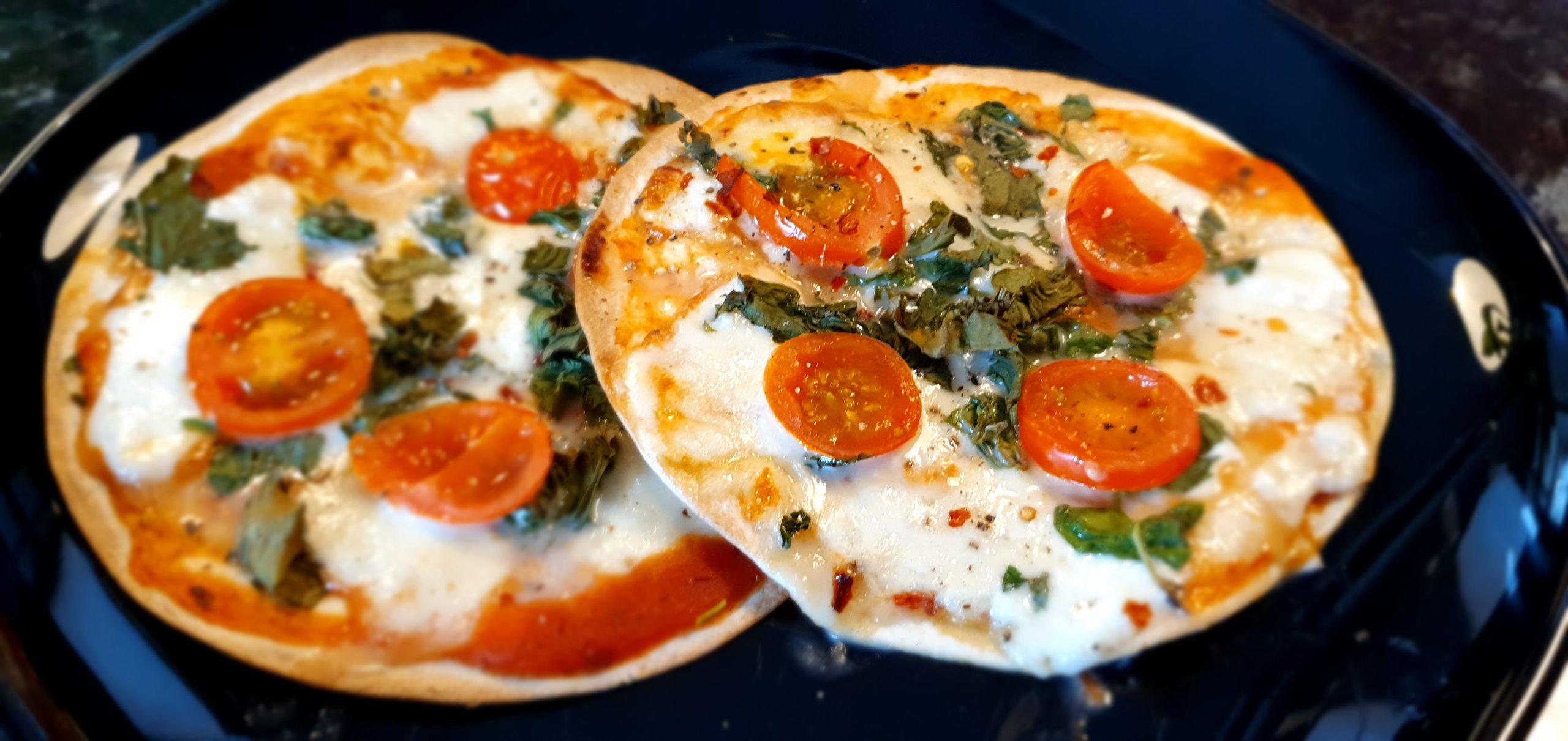 Tortillapizza med mozzarella