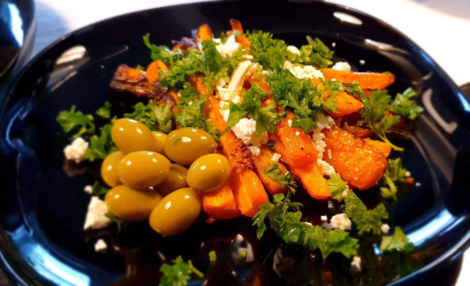 Ugnsbakade morötter med fetaost